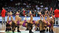 Turnuva kadar onlar da olay oldu! İşte dansçı kızlar!