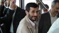 Ahmedinejad halk otobüsünde!