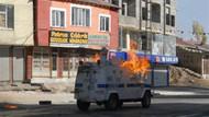 Yüksekova'da olaylar çıktı! Polis aracını yaktılar!