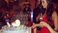 Volkan Demirel'den eşine bebekli pasta!