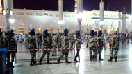 Suudi polisi Mescid-i Nebevi'yi boşaltıyor