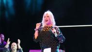Ajda Pekkan patlama nedeniyle konserini iptal etti