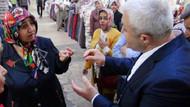 Tuncay Özkan, kadın seçmeni Kelime-i Tevhid ile ikna etti