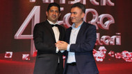 Kral TV ve Gezegen Mehmet'e özel ödül