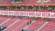 Türk Telekom Arena'da anlamlı pankart