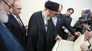Putin İran'a elinde Kur'an'la gitti!