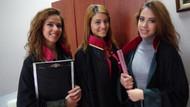 İzmirli ikiz kız kardeşler avukat oldu