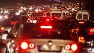 Patlama İstanbul trafiğini kilitledi!