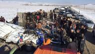 Van'da öğrenci servisi kamyonetle çarpıştı: 11 ölü