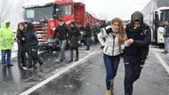 TEM'de 2 ayrı kaza: Trafik felç!