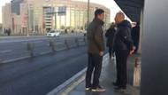 İzzet Yıldızhan Metrobüs durağında ne yapıyor?
