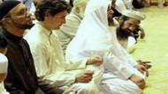 Kanada Başbakanı Trudeau camide dua etmiş