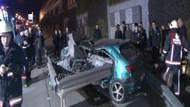 Kadıköy'de korkunç kaza! Otomobil bariyerlere girdi: 1 ölü, 1 yaralı
