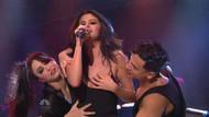 Selena Gomez'den canlı yayında seksi şov