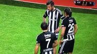 Tümer Metin Beşiktaş forması giydi ortalık karıştı