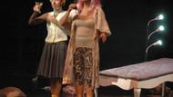 Shakespeare'in oyunları Almanya'da Türkçe sahnelendi