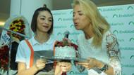Burcu Esmersoy, doğum gününü hayranlarıyla kutladı