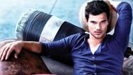 Taylor Lautner: 4 bin genç kız otelimi bastı