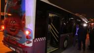 Hareket halindeki otobüse molotof attılar