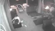 Restoranda müşterisiyle seks yaparken kameralara yakalandı