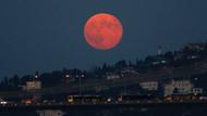 Süper Ay Tutulması Burçları Nasıl Etkiledi?