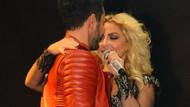 Hadise'den olay aşk açıklaması Murat ile...