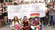 LGBT yürüyüşündeki o pankart hakkında karar çıktı