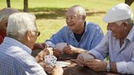 En mutlu insanlar 65-79 yaş arasında