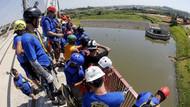 149 kişi köprüden atlayarak Guinness Rekorlar Kitabı'na girdi