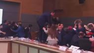 Meclis'te böyle yumruklaşma görülmedi! AKP ve HDP'liler tekme tokat kavga etti