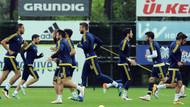 Fenerbahçe umudunu son haftaya taşımak istiyor