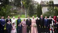 Nişanda çekilen aile fotoğrafı