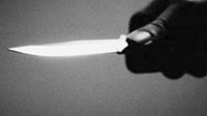 Çarşaflı erkek, şüphelendiği nişanlısını bıçakladı