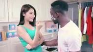 Çinli firmanın hazırladığı ırkçı reklama tepki yağıyor!