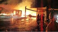 Ula'da mobilya atölyesi yanıyor