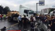 İstanbul'da kaza! Kamyon metrobüs yoluna girdi