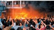 35 kişinin diri diri yakıldığı 2 Temmuz 1993'te  Madımak'ta ne oldu?