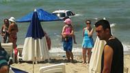 Kuşadası'nda denizde yüzenlere araba çarptı:1 ölü, 4 yaralı