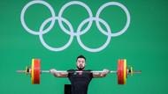 Rio'da ilk madalya halterden