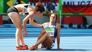 Abbey D'Agostino yere düştü, yardımına Nikki Hamblin koştu.. Rio'da kadın atlet dayanışması