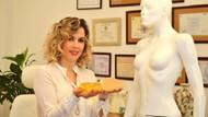 Defne Erkara: Meme büyütme ameliyatı ile kadınlar güzel göğüslere sahip olabilir