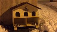 Üsküdar'da olayın yaşandığı noktaya büyük bir kedi evi getirildi!