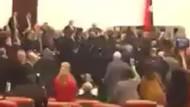Meclis'teki kavgadan görüntüler!