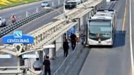 Metrobüs trafiğini kilitleyen arıza