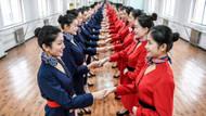 Çin'de hostes olmak sanıldığı kadar kolay değil