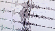 Papua Yeni Gine'de 8 büyüklüğünde depremle sarsıldılar