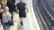 Londra metrosunda bir yolcu raylara itildi
