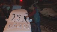 İzmirli vatandaş kar yağışına şaşırdı