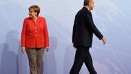 Merkel'den Türkiye'deki mülteci sorunuyla ilgili flaş açıklama