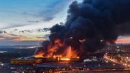 Moskova'da AVM'de büyük panik! Binlerce kişi tahliye edildi...